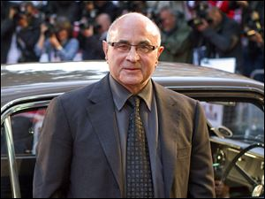 "British actor Bob Hoskins arriving for the World Premiere of ""Made in Dagenham"" in London in 2010."