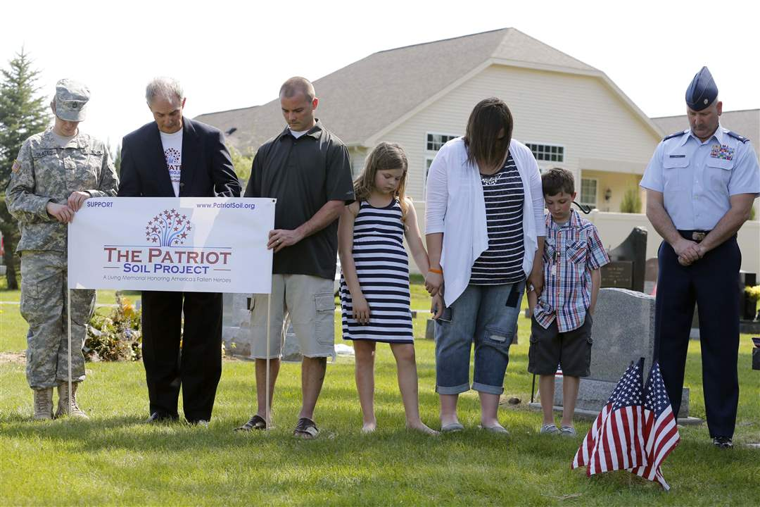 Patriot-soil-moment-of-silence