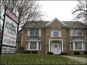 The Toledo Board of Realtors is holding an 'Open House Weekend' May 17-18 to try to further boost sales of homes in the metro area.