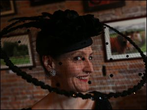20 North Gallery art director Condessa Croninger attended the 20 North Gallery's 14th Annual Derby Days Reception at Manhattans in Toledo.