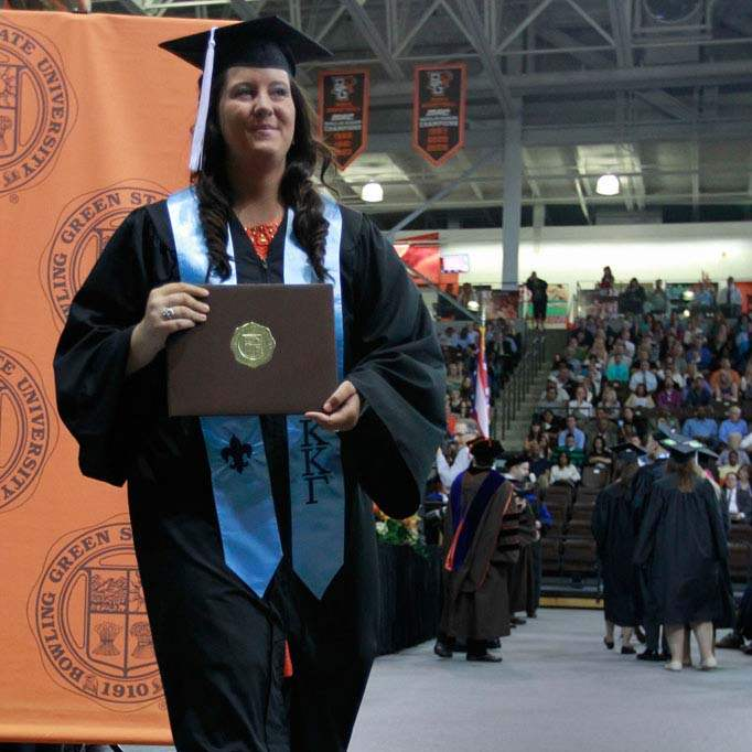 BGSU-grad-Lauren-Phillips