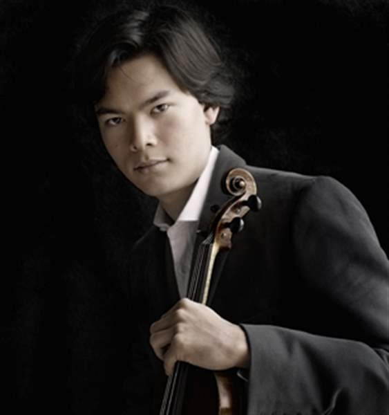 Stefan-Jackiw-will-perform-with-the-Toledo-Symphony-Friday-and-Saturday-in-the-Peristyle