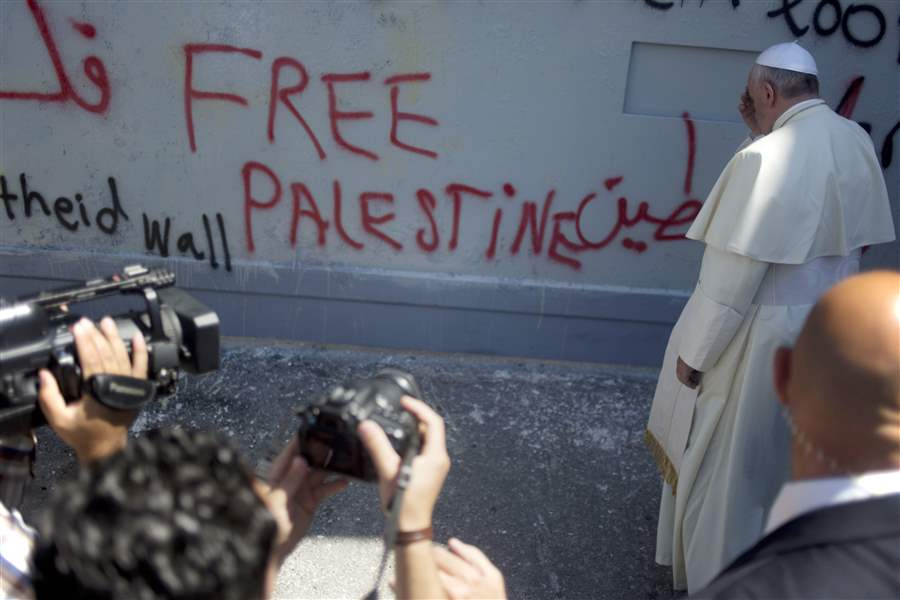 Mideast-Pope-separation-barrier