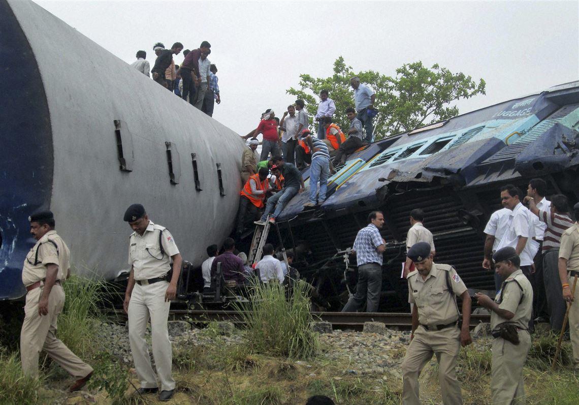 Train accident kills at least 40 in north India | Toledo Blade
