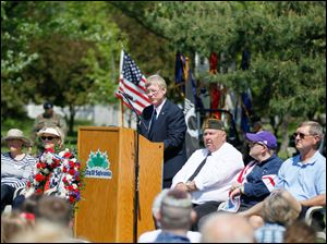 Sylvania mayor Craig Stough during the ceremonies at the Veterans Memorial Field.