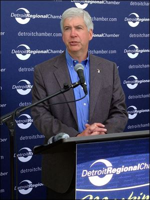 Gov. Rick Snyder speaks during the Mackinac Pol