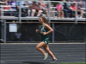 Oak Harbor's Trinity Gephart competes in the girls 3200 meter run.