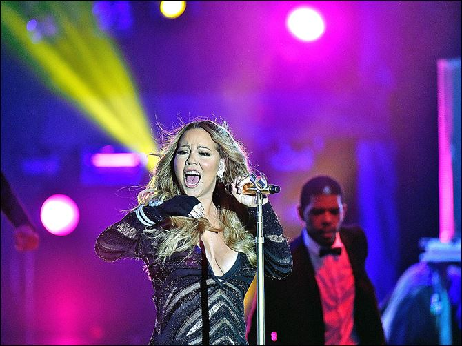 494090269LV012_World_Music_Mariah Carey performs du Mariah Carey performs during the World Music Awards at Sporting Monte-Carlo on May 27.