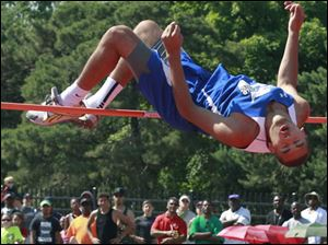 Springfield's Manny Durden competes in the Div. 1 high jump.