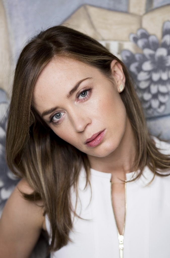 Emily Blunt Plays It Tough In Edge And Woods The Blade