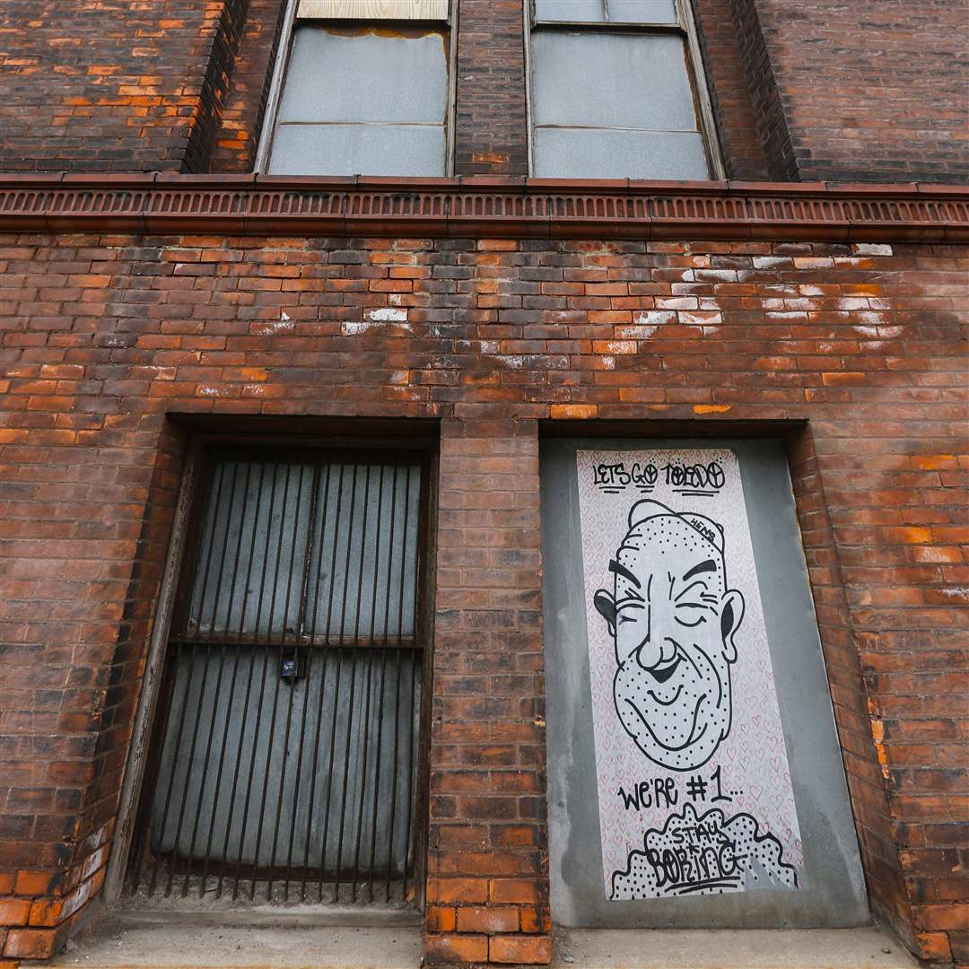 CTY-uglytoledo-downtown-graffiti-Berdan