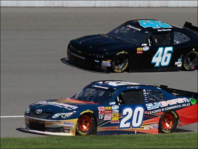Sam Hornish Jr., #20, and Matt Dibenedetto during their qualifying run.