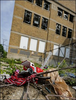 Premier Bedding at 1510 Elm St. in North Toledo reflects the blight afflicting the city. Neighborhoods are in shambles across the compass points.
