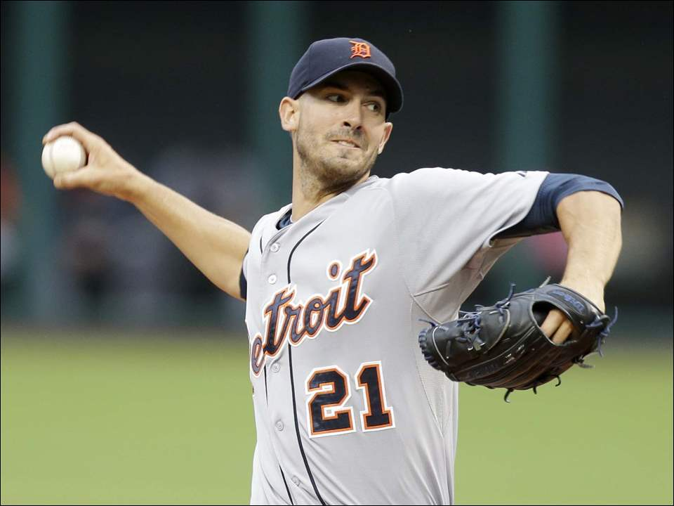 Detroit Tigers starting pitcher Rick Porcello delivers against the Cleveland Indians.