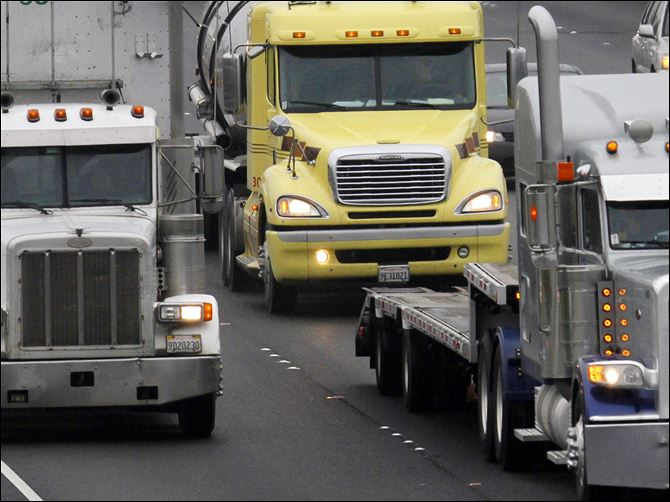 b3trucking2 The 700-member National Tank Truck Carriers Inc., led by Dean Kaplan, is pushing for a national clearinghouse of drivers' records.