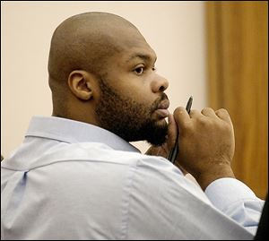 Jeronique Cunningham, who is on death row, has the chance to seek a new trial. The former Lima man was convicted of a 2002 double murder.