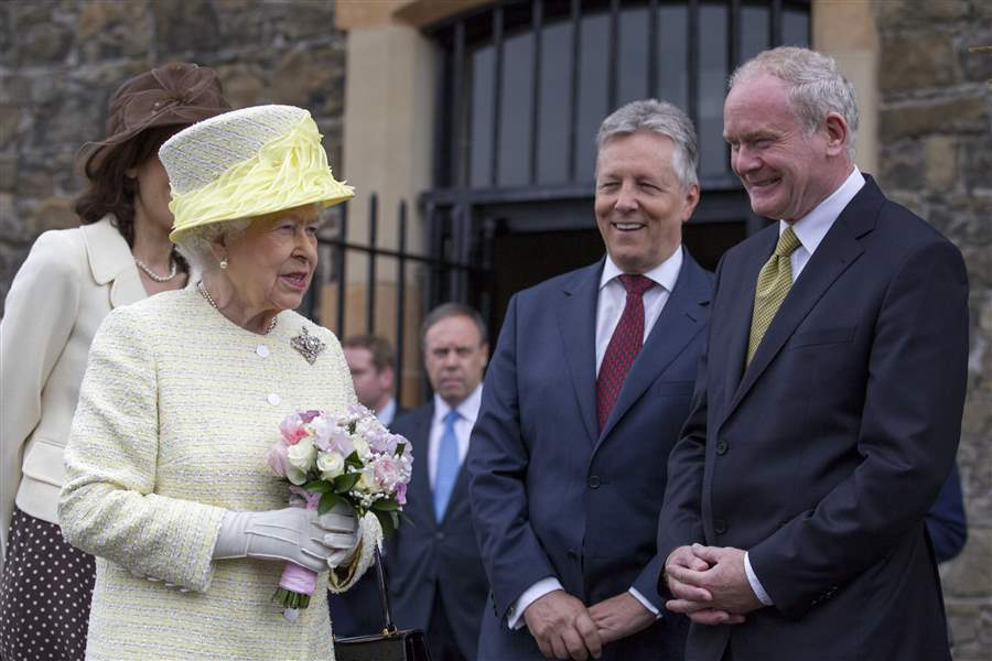 Britain-Northern-Ireland-Queen-Game-of-Thrones-1
