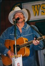 Loyal-Opry-Fan-Alan-Jackson