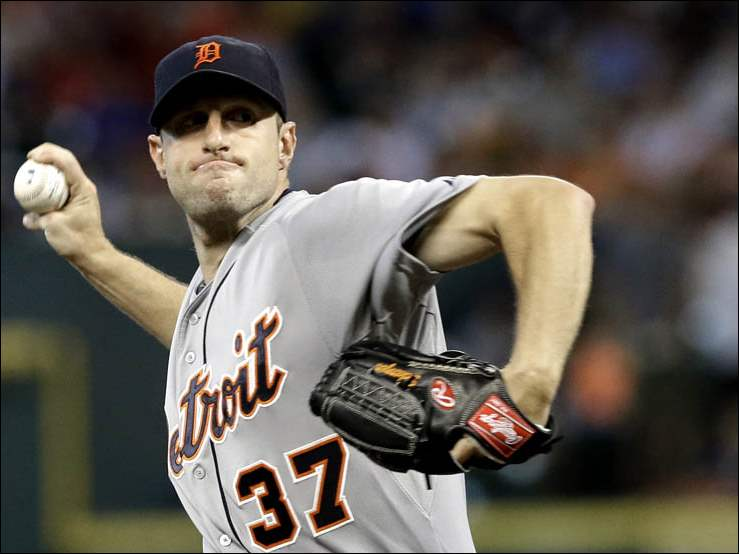 Detroit Tigers' Max Scherzer delivers a pitch against the Houston Astros.