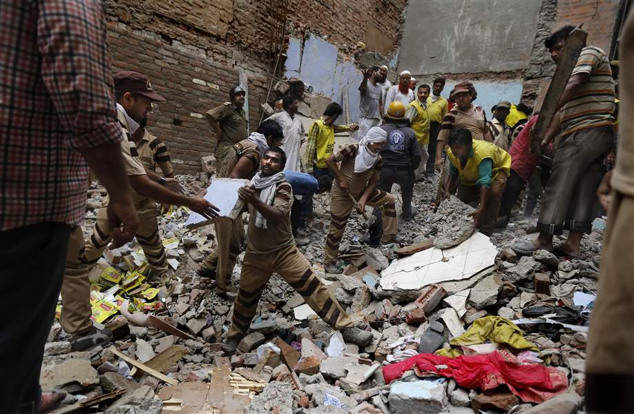 India-Building-Collapse-18
