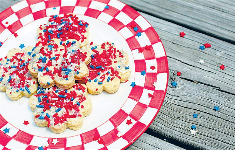 Cookies-with-star-sprinkles-for-the-4th-of-July