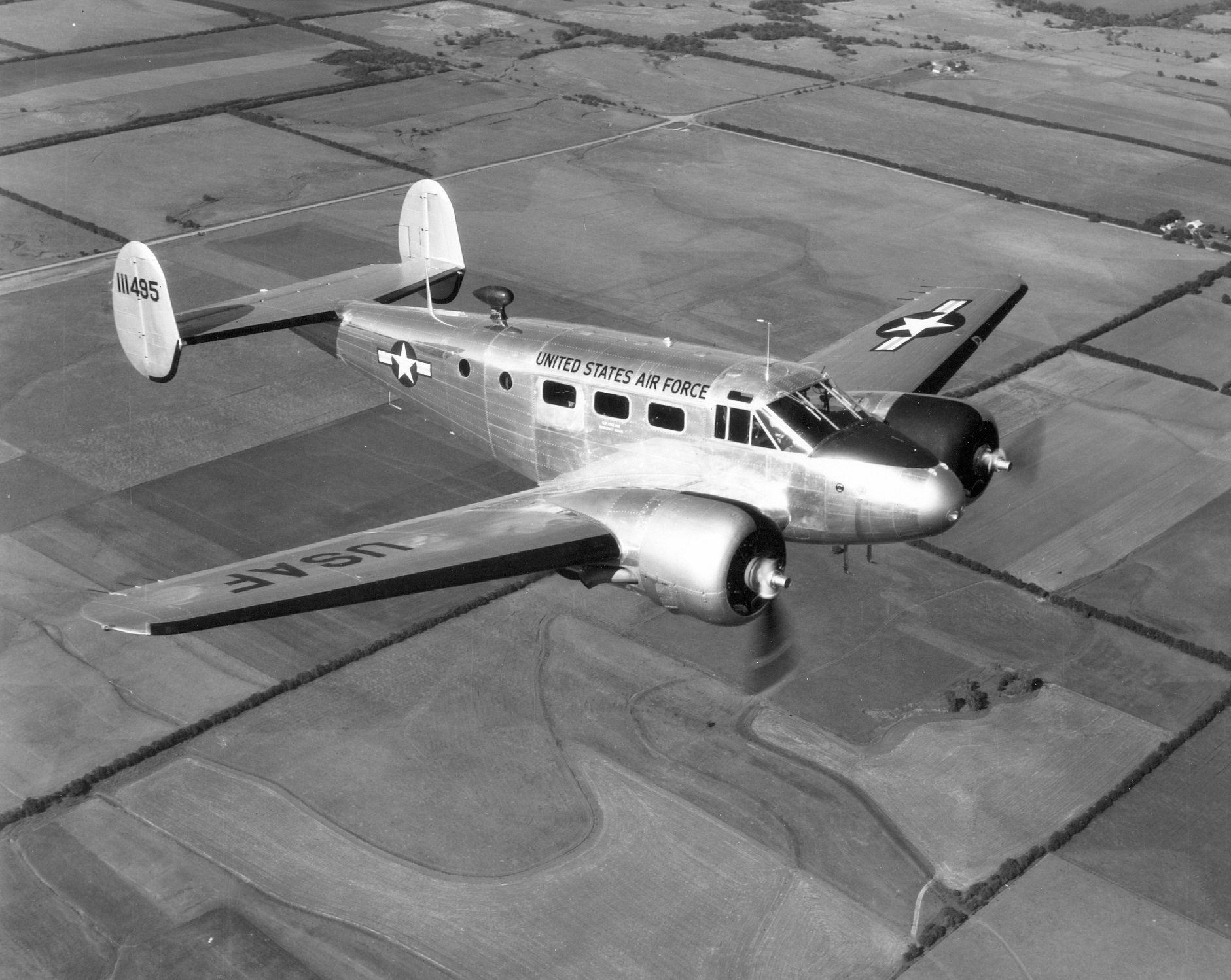 explorers find 1952 us plane wreck in lake ontario the