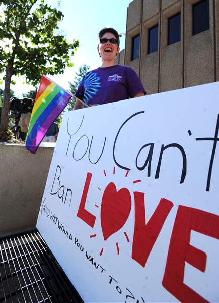 Gay-Marriage-Licenses-Colorado-2