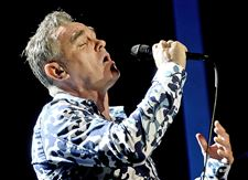 Morrissey-takes-on-bullfighting
