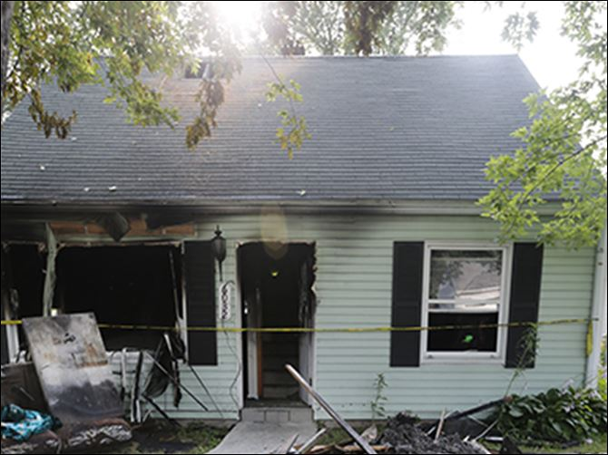 n7fire Firefighters were called to 6032 Van Wormer Dr. in West Toledo about 12:50 a.m.