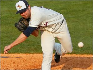 The Hen's Robbie Ray pitches the ball during the Toledo Mud Hens game against Louisville Bats.