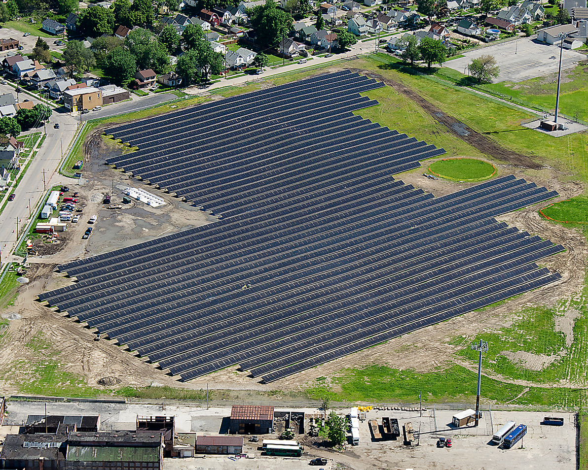 solar array to supply power to toledo zoo the blade this