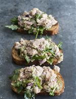 Food-Healthy-Tuna-Bruschetta-1a