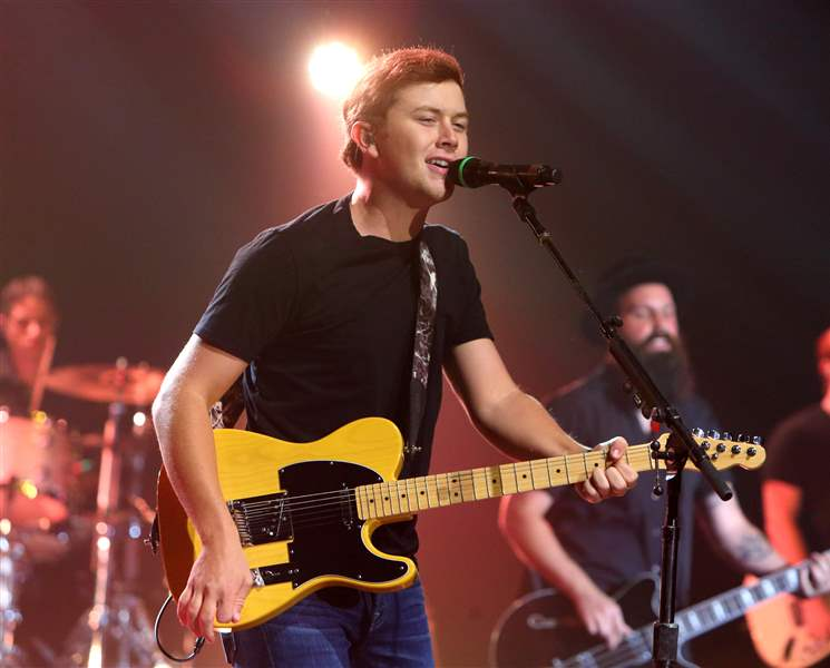 Scotty-McCreery-in-Concert