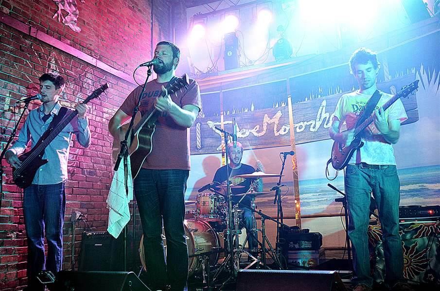 The-Joe-Moorhead-Band-will-perform-Su