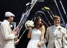 ODD-Wedding-on-Ice-2