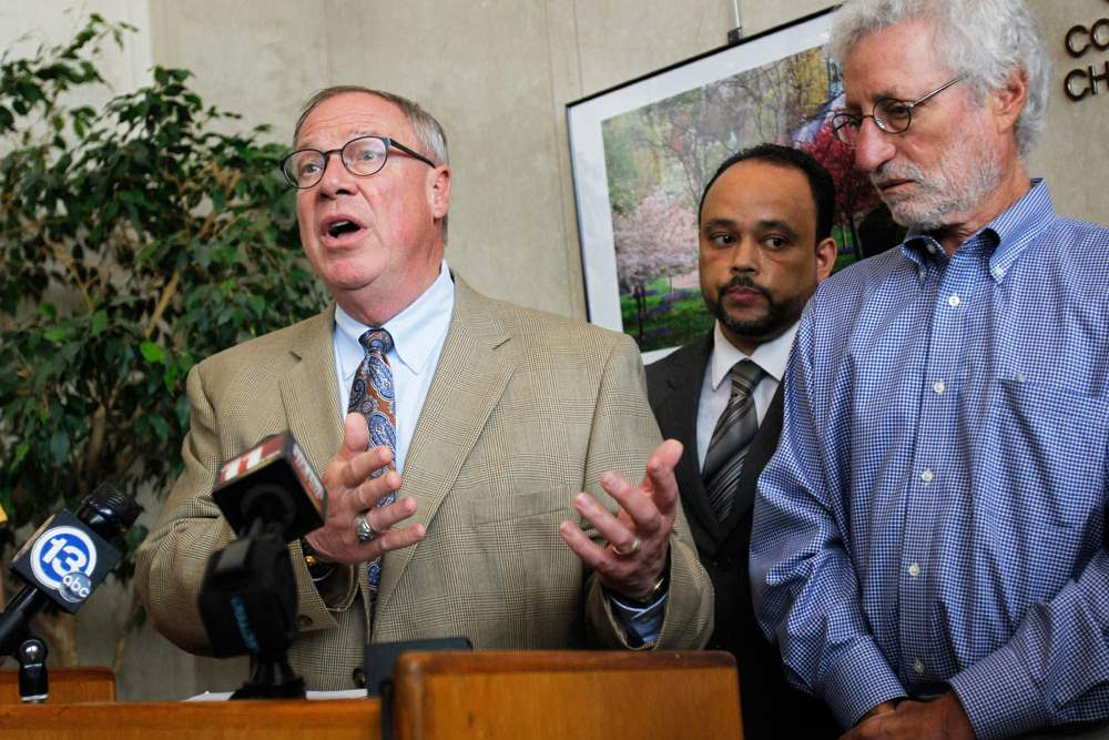 CTY-water06Mayor-of-Toledo-D-Michael-Collin