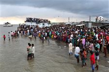 Bangladesh-Ferry-Accident-10