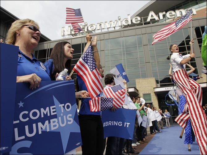 Democratic Convention 2016 Columbus People cheer outside Nationwide Arena during a rally to welcome members of the technical advisory team from the Democratic National Committee today in Columbus. Columbus is among five cities competing for the 2016 Democratic National Convention.