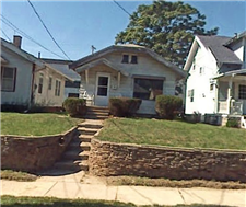 Street-view-of-home-at-1109-Warwick-Avenue