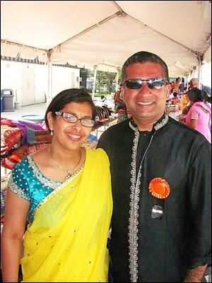 Festival of India event chairman Arun Agarwal and his wife Rakhi.