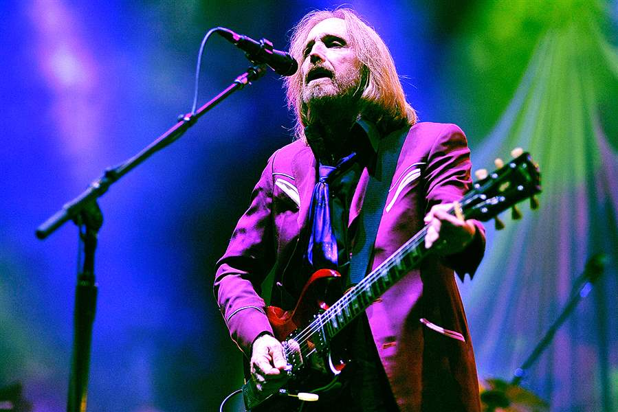 496327439JH039-Tom-Petty-An-1