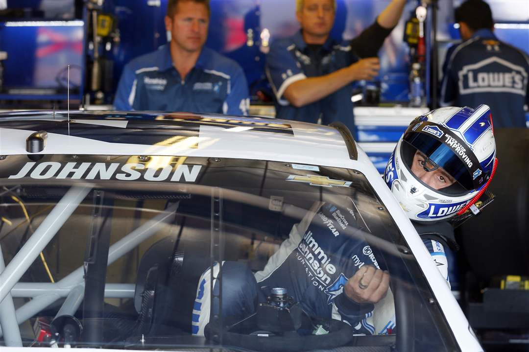 SPT-NASCAR-Jimmie-Johnson