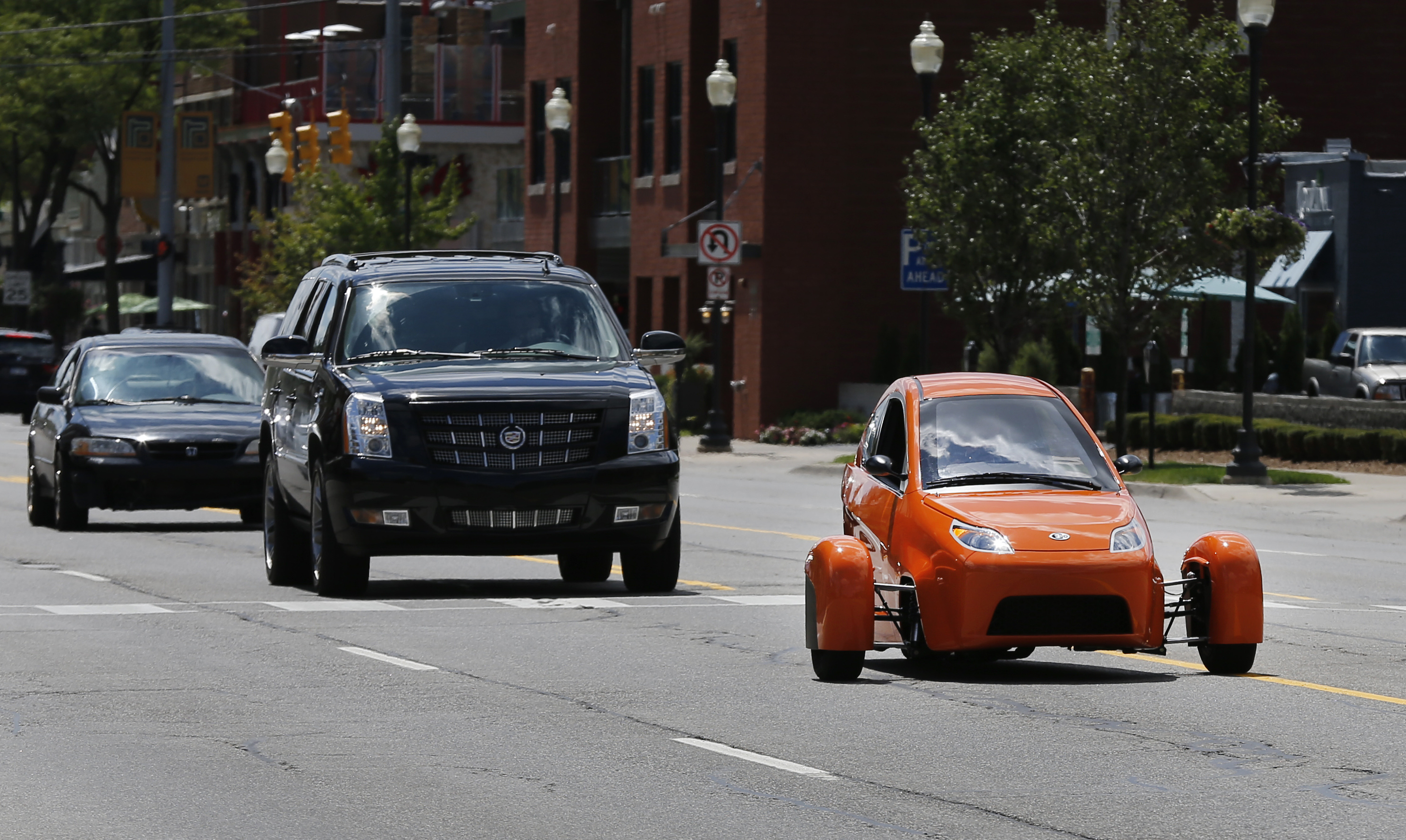 3-wheeled, high-mileage vehicle nears 2016 launch - The Blade