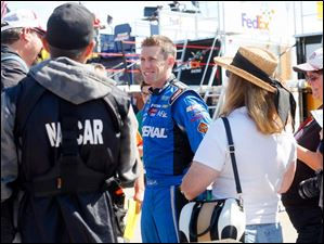 Carl Edwards reacts to birthday wishes from fans.