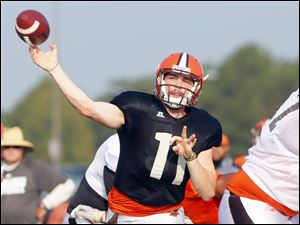 BGSU quarterback Matt Johnson fires a pass.