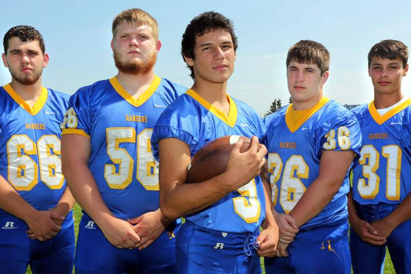 SPT-NorthwoodFoot28pLeft-to-right-Northwood-Football-player