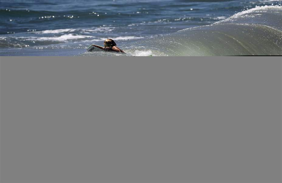 Southern-California-Storm-Surf-6