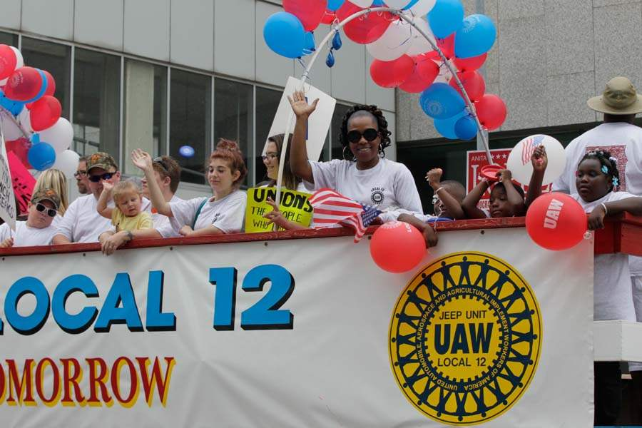 CTY-parade02p-UAW-local-12