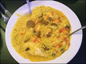 Paella Cielo Grande - saffron/rice/mushrooms/chicken/chorizo/shrimp/corn/tomatoes/creamy broth