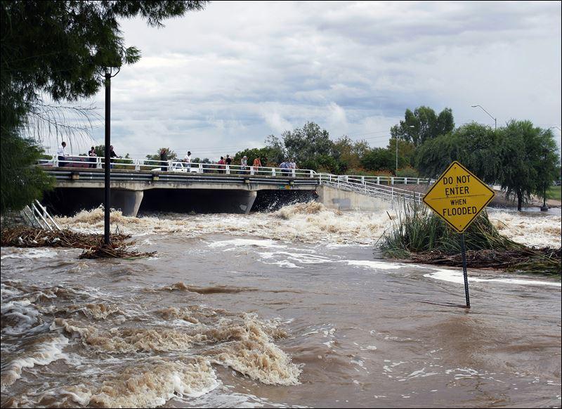Airlines react to Hawaiian hurricane triple threat ...  |Current Hurricanes 2014